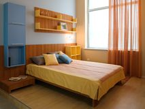 самомоднейшее красивейшей конструкции спальни нутряное стоковое изображение