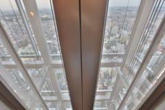 самомоднейшее лифта здания футуристическое Стоковые Изображения RF