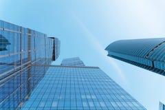 Самомоднейшие офисные здания Стоковое фото RF