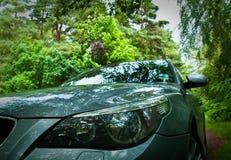 Самомоднейший автомобиль дня в сельской установке Стоковые Изображения