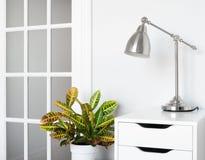 Самомоднейший декор комнаты стоковое изображение