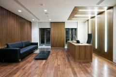 Самомоднейший интерьер офиса Стоковые Фотографии RF