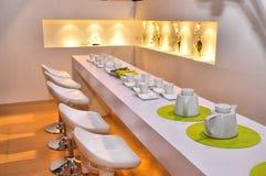 самомоднейший ресторан стоковые фотографии rf