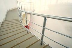 Самомоднейшая лестница офиса Стоковое Изображение RF