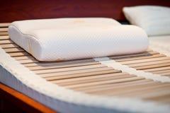 Самомоднейшая противоаллергическая подушка Стоковое Изображение
