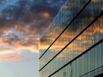 Самомоднейшее офисное здание Стоковое Изображение