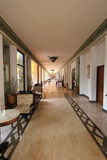 Самомоднейший корридор гостиницы/курорта/ресторана с стильным декором Стоковое Изображение