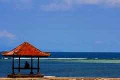 Самостоятельно в benoa Бали пляжа стоковая фотография rf