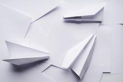 Самолеты белой бумаги стоковая фотография rf