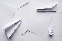 Самолеты белой бумаги стоковые изображения
