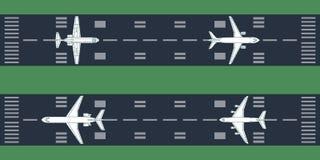 Самолеты на взлётно-посадочная дорожка Стоковые Изображения