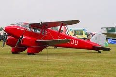 Самолет-биплан Dragonfly de Havilland DH90 Стоковые Изображения RF