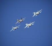 самолет-истребители Образование косоугольника стоковое изображение rf