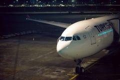 Самолет на земле Стоковые Изображения