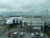 Самолет на рисберме Стоковая Фотография