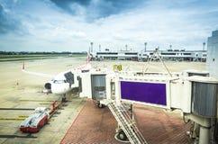 Самолет около стержня Стоковые Изображения RF