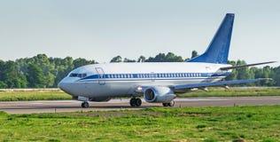 Самолет перед принимает  Стоковые Фото
