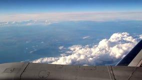 Самолет устойчиво летая видеоматериал