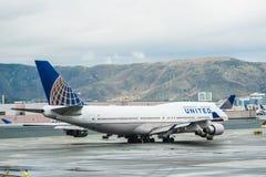 Самолет United Airlines Боинга Стоковая Фотография