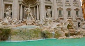 Самые важные ориентир ориентиры в Риме - фонтаны Trevi - Фонтана di Trevi Стоковые Изображения RF