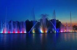 Самый большой фонтан на реке в Vinnytsia, Украине Стоковое Изображение RF