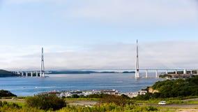 Самый длинний, который кабел-остали мост в мире в русском Vladivos Стоковые Изображения RF