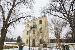 Самый узкий дом в мире в зиме 2871 стоковое фото