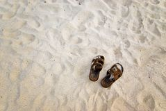 сандалии пляжа Стоковая Фотография