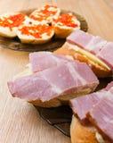 сандвичи красного цвета крупного плана икры Стоковое Изображение