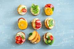 Сандвичи плодоовощ с сыром рикотты Стоковые Фото