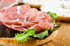 сандвич bagel открытый Стоковая Фотография