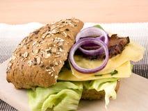 сандвич raclette обеда сыра идеально Стоковые Изображения