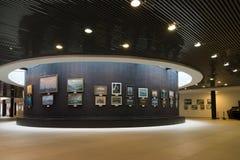 Санкт-Петербург, Россия - 2-ое июня 2017 Выставка морских картин в военноморском музее в казармах Kryukov стоковые фотографии rf