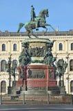 Санкт-Петербург, Россия, 10-ое сентября 2012 Памятник к императору Николасу 1 в Санкт-Петербурге Стоковая Фотография
