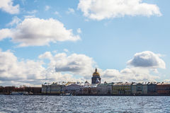 Санкт-Петербург, Smolny, река Neva Стоковые Фотографии RF