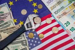 Санкции русского евро и доллар против рубля флаг Стоковое Фото