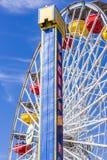 САНТА-МОНИКА, КАЛИФОРНИЯ - 2-ОЕ АВГУСТА 2015: Тихий океан парк на пристани Санта-Моника в Санта-Моника, Калифорнии Парк раскрытый Стоковое Фото