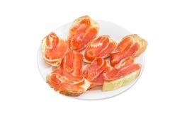 Сандвичи сделанные с багетом, маслом и посоленной форелью Стоковое Фото