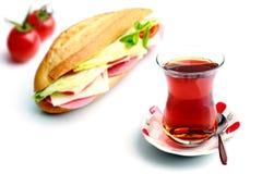 Сандвич и турецкий чай Стоковые Фото