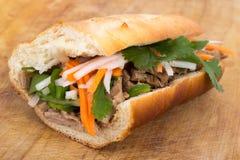 Сандвич свинины Banh mi въетнамский Стоковые Изображения