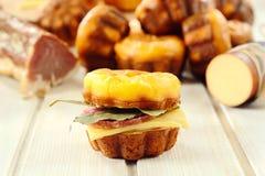 Сандвич сосиски Стоковые Фотографии RF