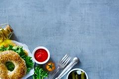 Сандвич сыра на бейгл Стоковое фото RF