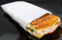 Сандвич с ветчиной и томатами Стоковое Изображение