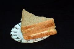 Сандвич с цыпленком на красивом поддоннике стоковое изображение