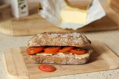 Сандвич томата и сыра Стоковые Фото