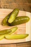 Сандвич Reuben с соленьями укропа Стоковое Изображение
