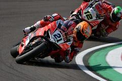 Сан-Марино Италия - 11-ое мая 2018: Майкл Рубен Rinaldi Ducati Panigale r Аруба оно гонки - команда Ducati, в действии Стоковая Фотография