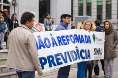 Сан-Паулу, Бразилия - 28-ое апреля 2017 Общенациональная забастовка в Бразилии Стоковая Фотография RF
