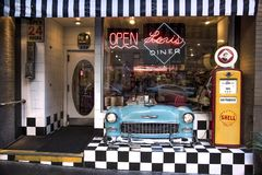 Сан-Франциско, Калифорния, Соединенные Штаты - около 2016 - ресторан кафа обедающего ` s Лори ретро ностальгический стоковые изображения rf