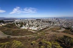 Сан-Франциско, Калифорния, США, от двойных пиков Стоковые Фотографии RF